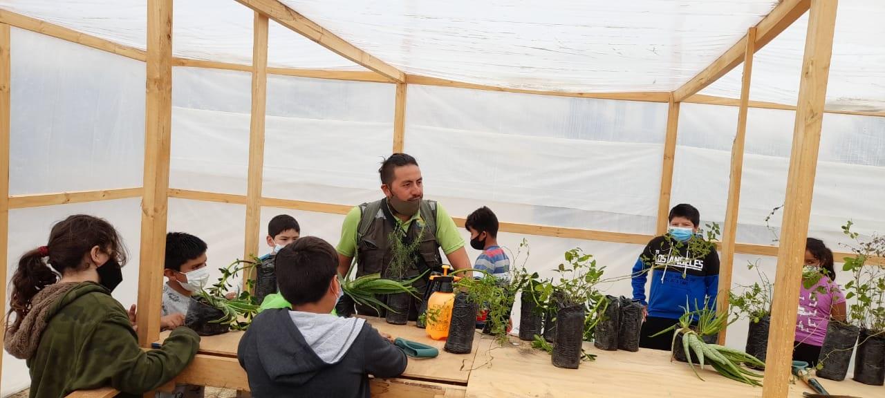 CONAF conmemora Día Internacional de la Tierra junto a alumnos Escuela de Carrizalillo
