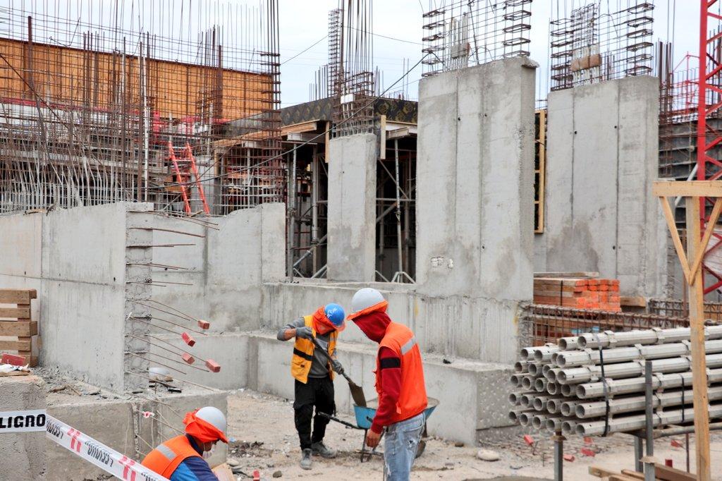 SSA se hará cargo de sueldos de trabajadores de construcción de Cesfam