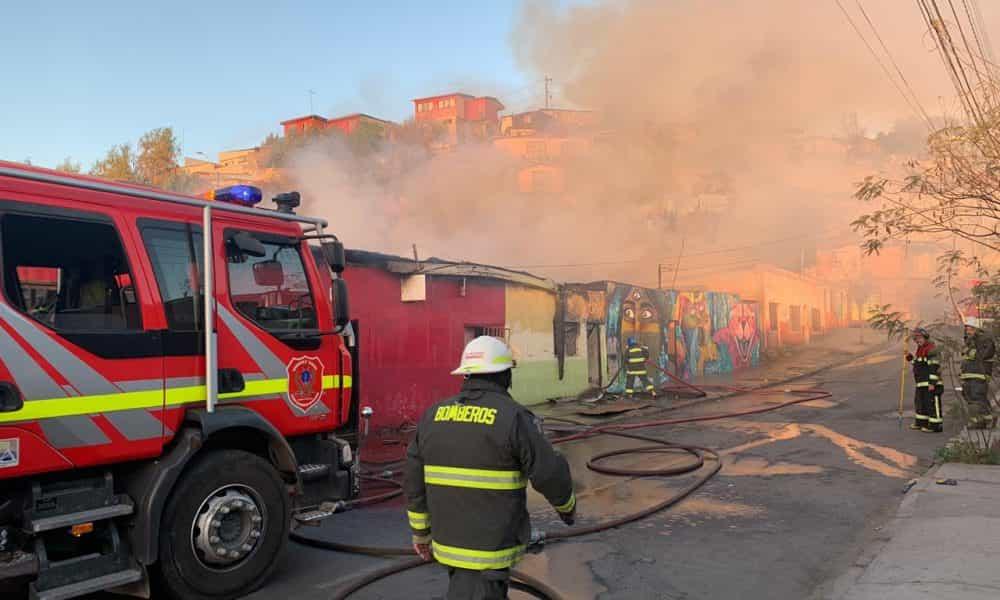 Bomberos tiene retraso de hasta 15 minutos para llegar a emergencias por arreglos en acceso a Torreblanca