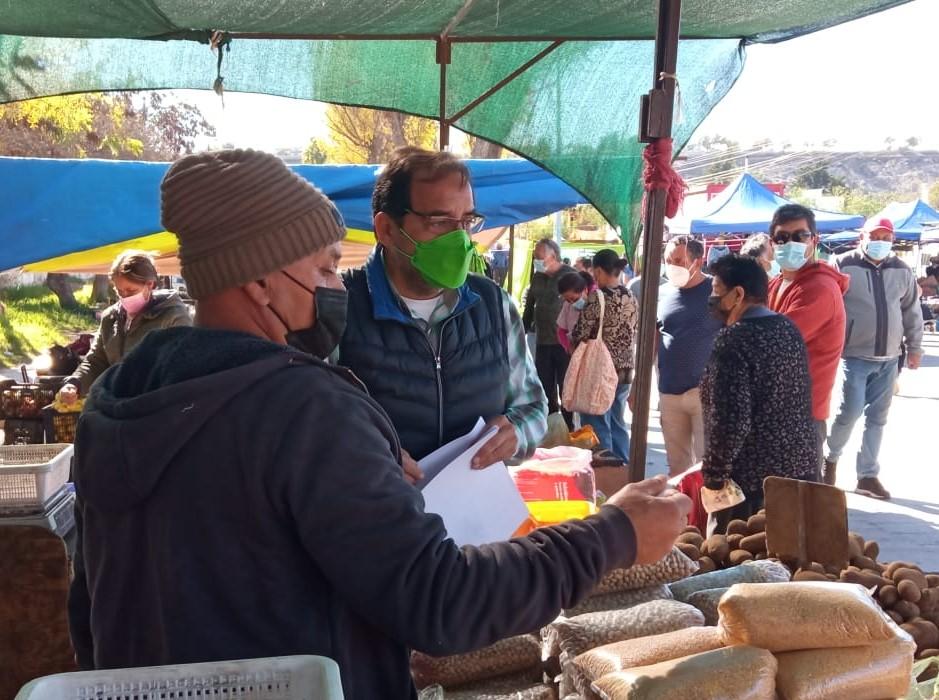 Mulet entrega apoyo a proyecto de Ley que declara a las Ferias Libres como Patrimonio Cultural Inmaterial de la nación