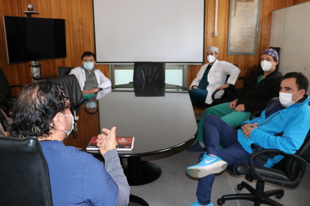Directiva del Capítulo Médico del Hospital de Vallenar se reúne con su director