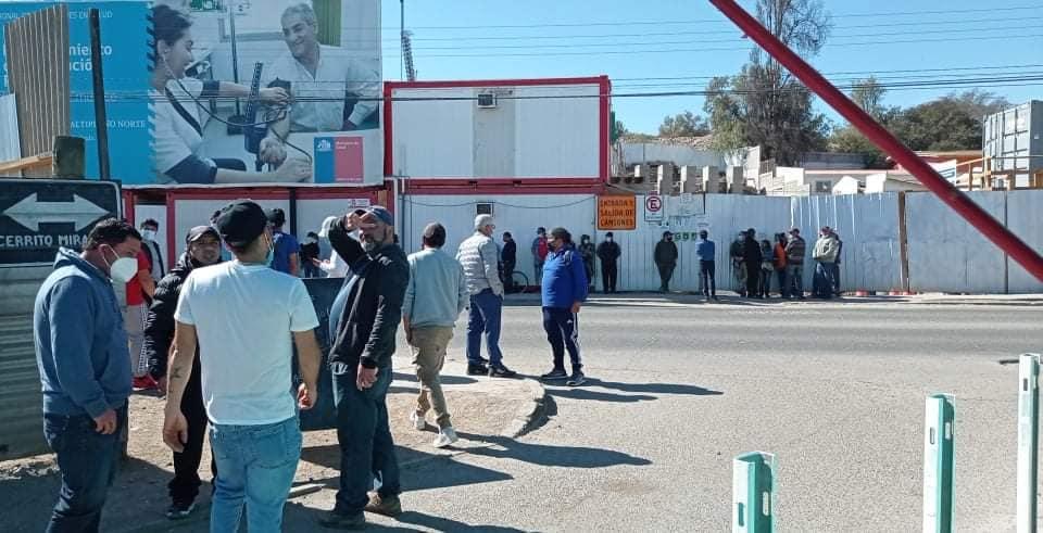 Casi 60 trabajadores quedan sin empleo tras paralización de obras de Cesfam en Vallenar