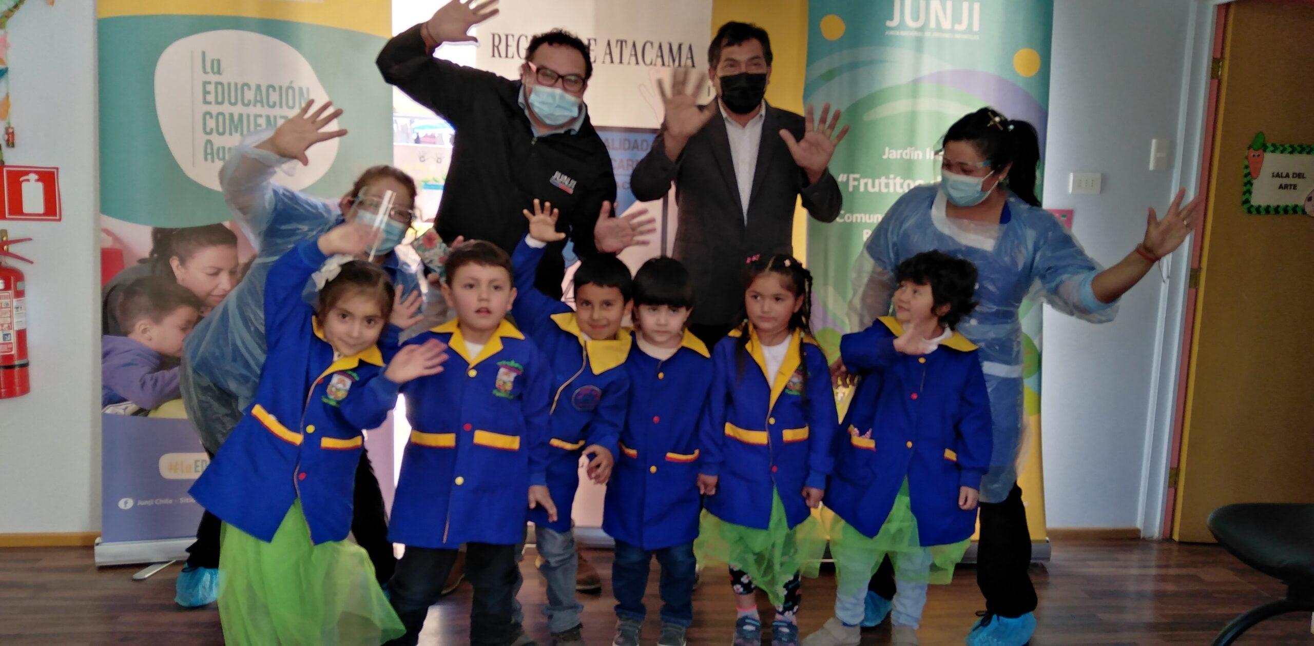 """Firma de comodato de Jardín infantil Alternativo """"Frutitos del valle"""" permitirá a JUNJI optar a la obtención del Reconocimiento oficial del establecimiento"""