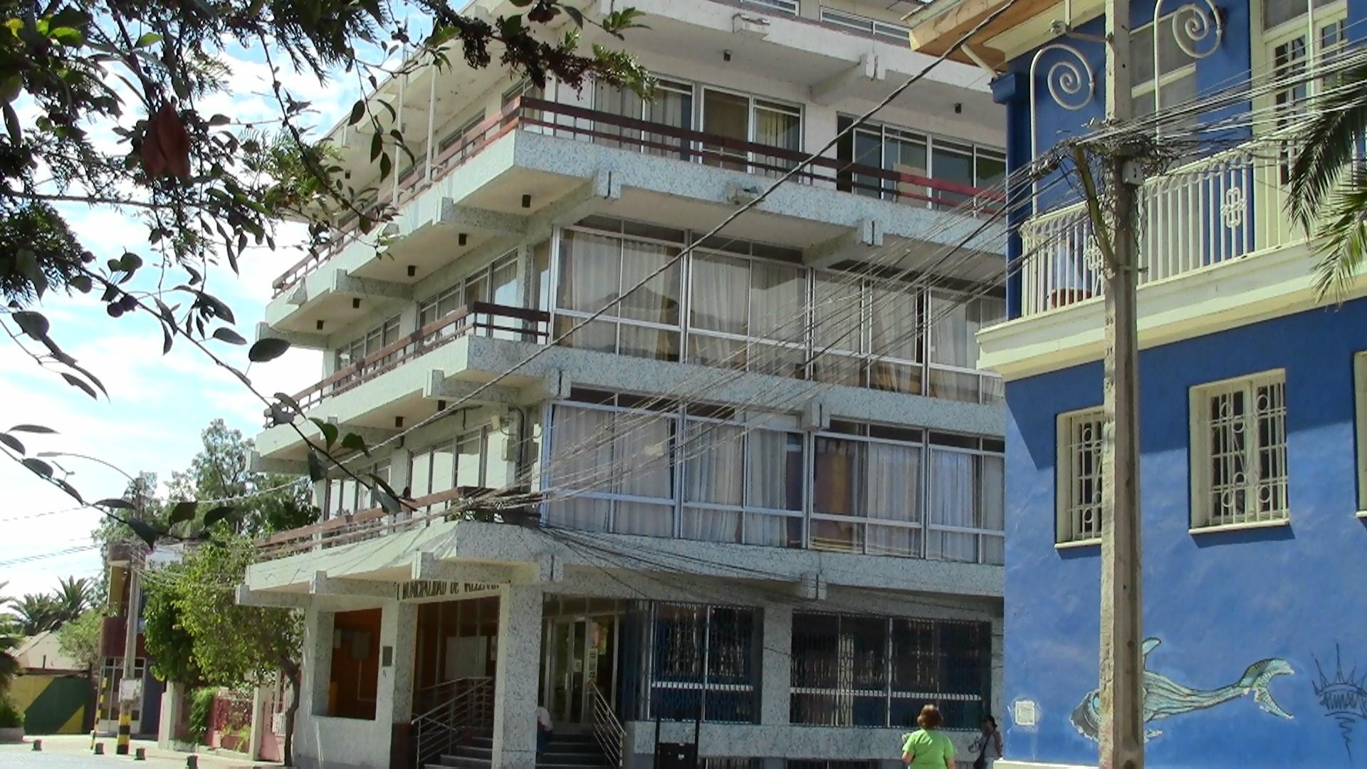 Municipio de Vallenar pone fin a convenio de casi 50 funcionarios a honorarios