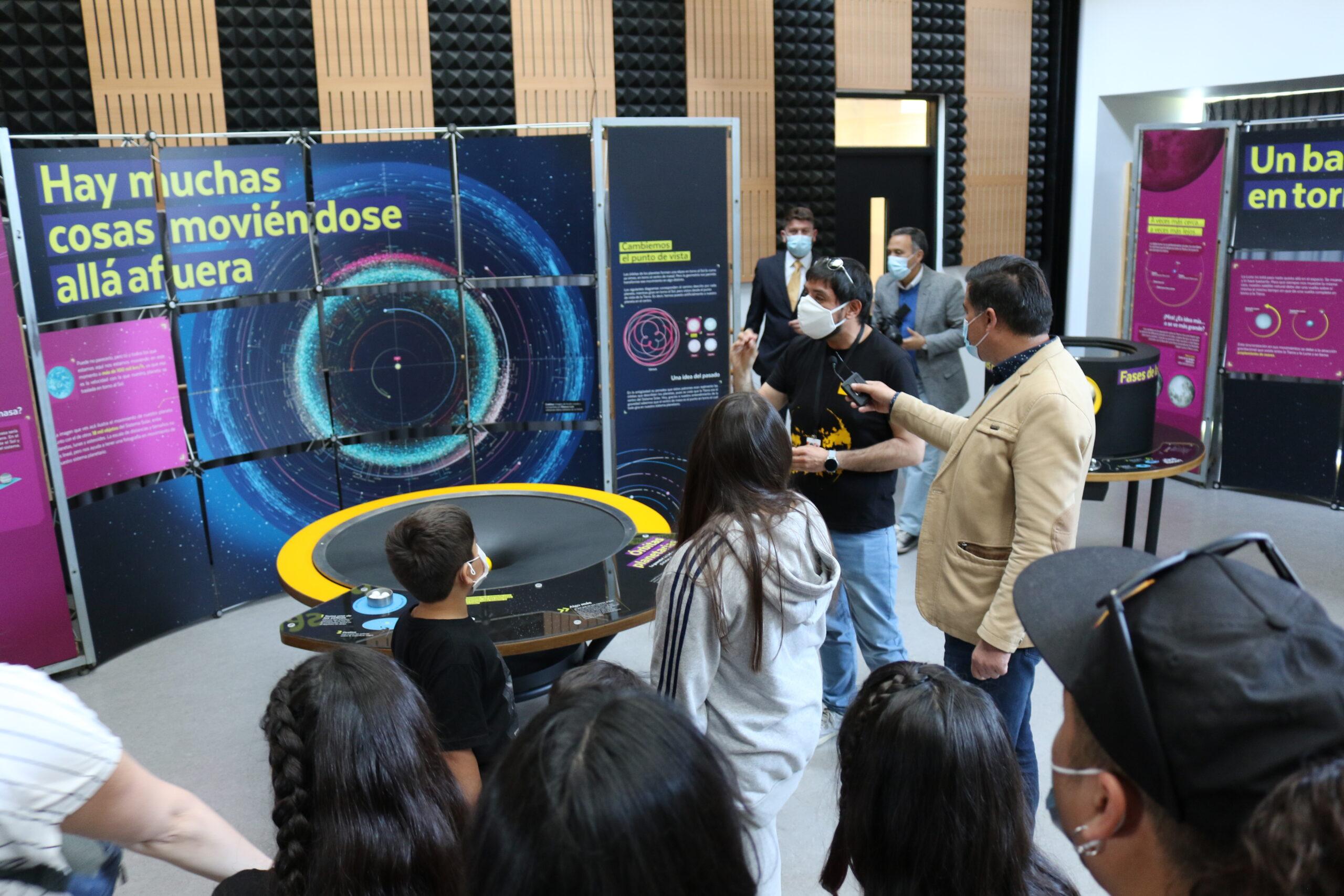 MIM invita a conocer los misterios del Universo con exhibición interactiva en nuevo Cecrea Vallenar