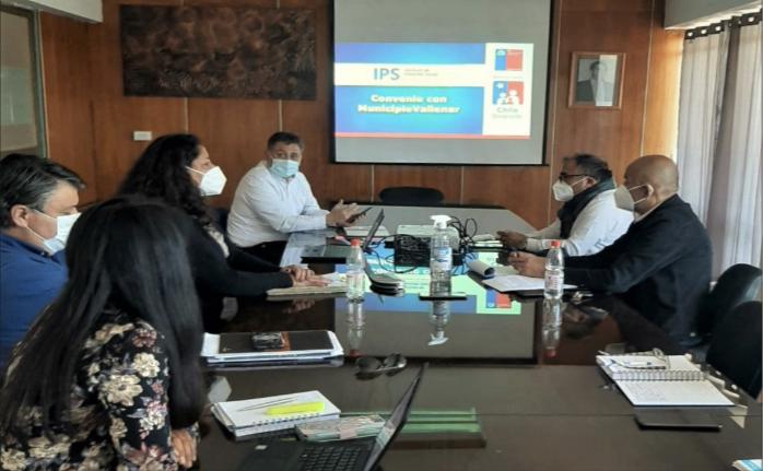 Director Regional se reúne con concejos municipales de Vallenar y Alto del Carmen