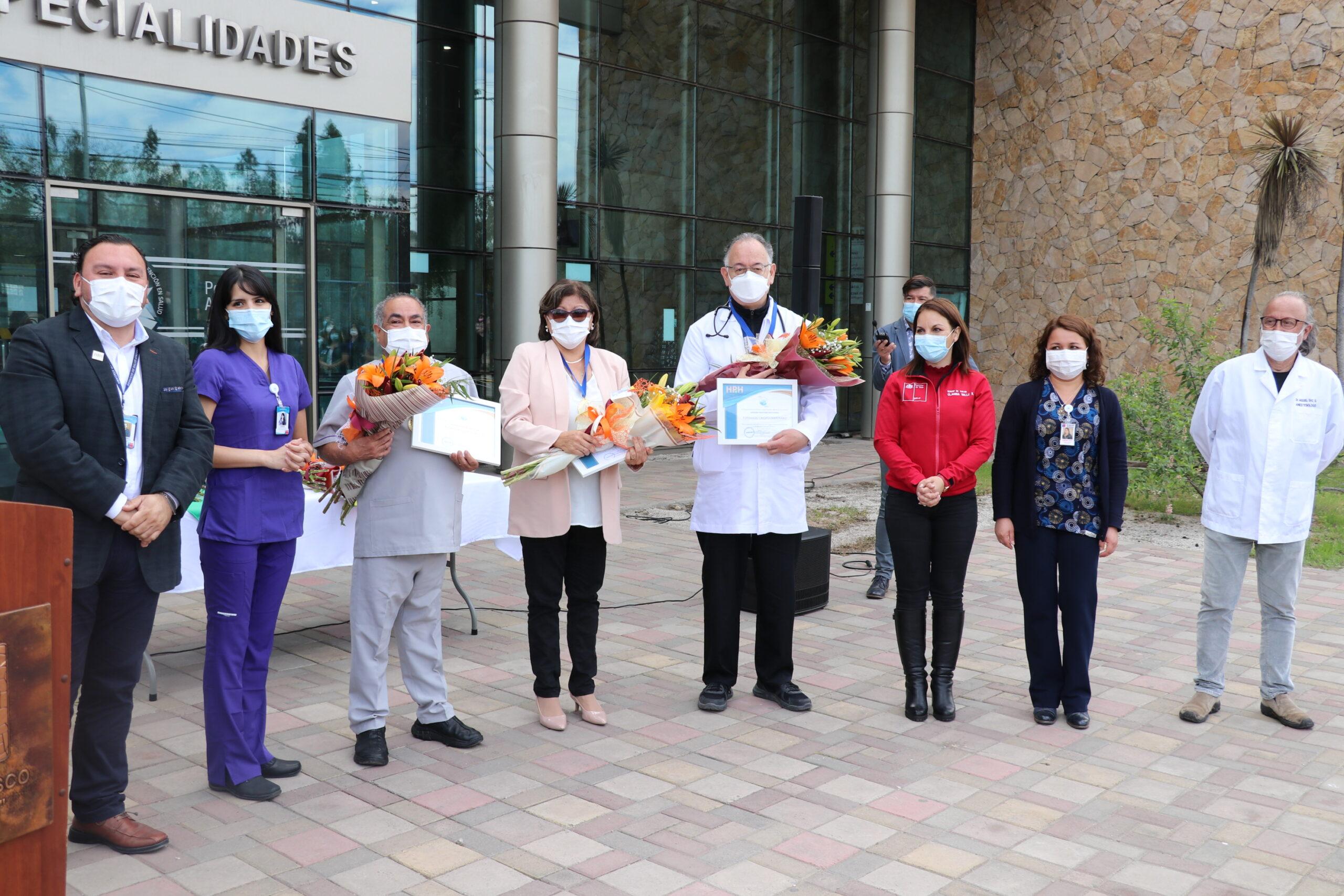 Instituciones de Salud reconocen en su día a hospital por logros alcanzados durante la pandemia y entregan reconocimientos a funcionarios