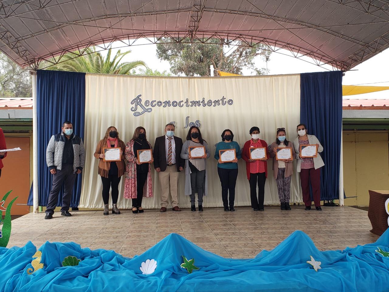 Asistentes de la Educación son reconocidos por su labor en sus años al servicio de la educación del territorio Huasco